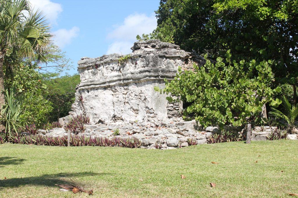 playacar-mayan-ruins