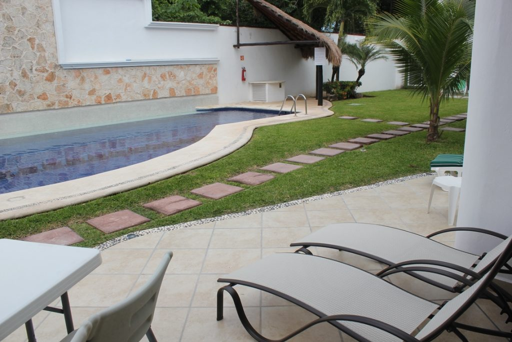 mayamar-patio-1
