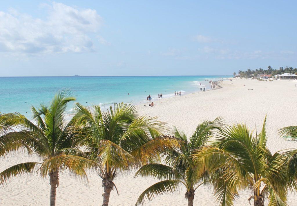playacar-beach-1
