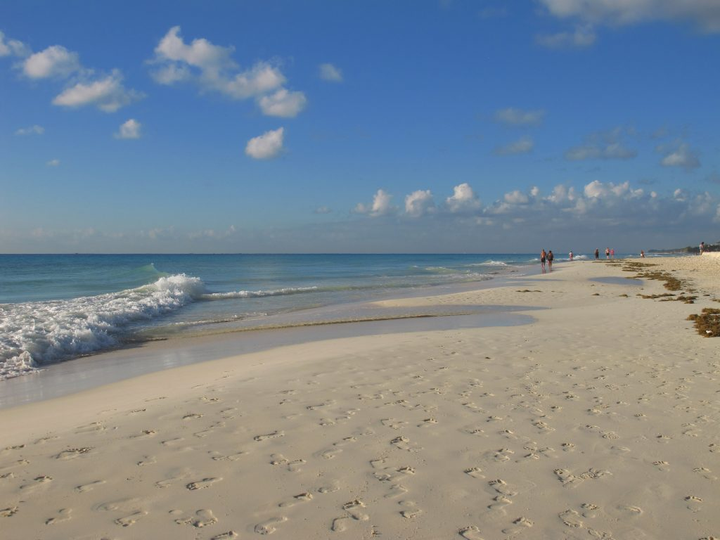 playacar-beach