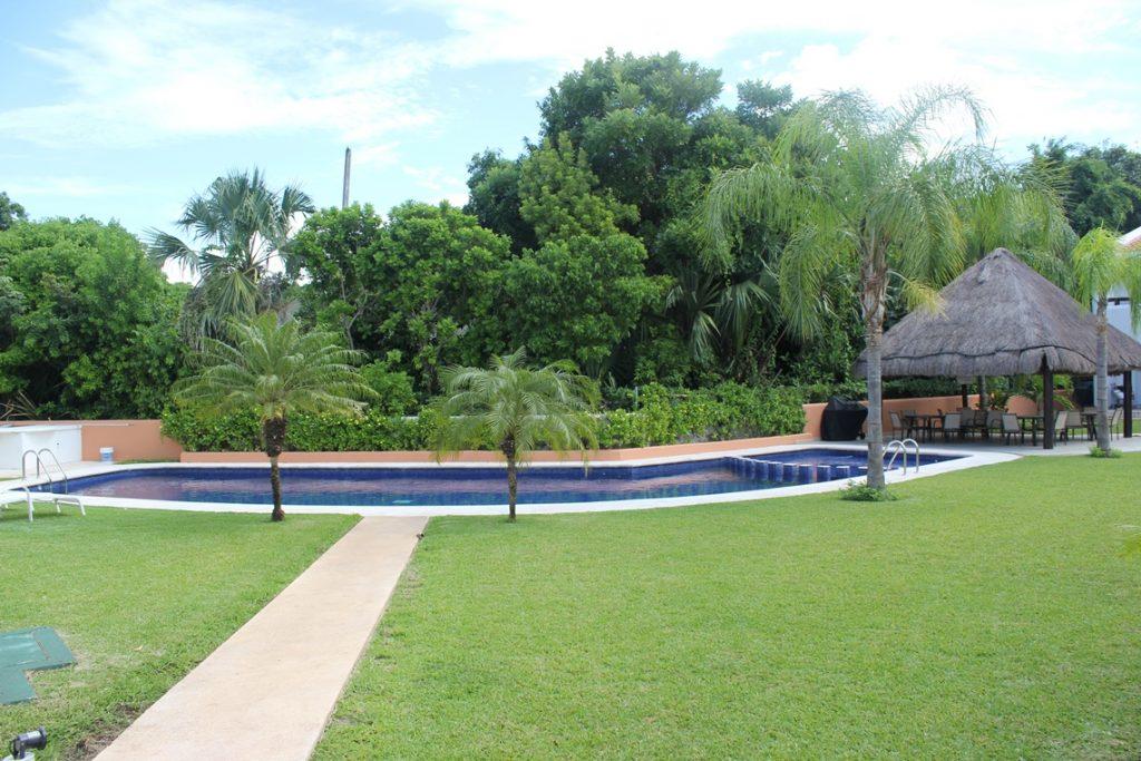 playamar-gardens